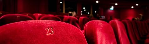 Teater Must kast toob vaatajateni endise narkomaani valusad mõtted