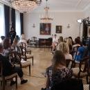 Viimase e-külalistunni andis president Kersti Kaljulaid. Erinevalt teistest tundidest oli siin ka saalis mõned kuulajad.