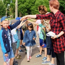 """Youth to School: """"Help Narva children attend city camp!"""""""