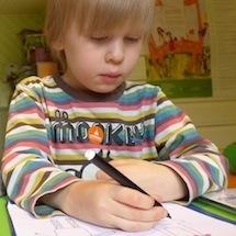 """Tallinna ja Harjumaa Autismiühing: """"Toetame peredele vajalikke tugigruppe ja suvelaagrit""""."""