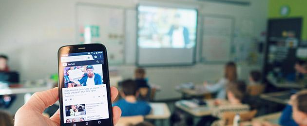 Back to School: online guest lessons in every school