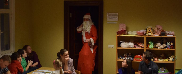 Üksikvanemaga perede laste jõulupidu